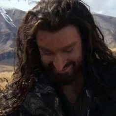 Thorin smiling. I'm trying to figure out what scene this is from, or if it's from behind the scenes...