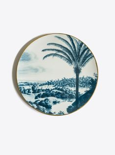 "Vito Nesta´s first design for his own label, inspired by the past, travel and palm trees. Plate set ""Las Palmas"" with diameter D con. Teller Set, Tropical Landscaping, Blue Plates, Grand Tour, Plate Sets, Plates On Wall, Travel Around The World, Blue Gold, Green Colors"
