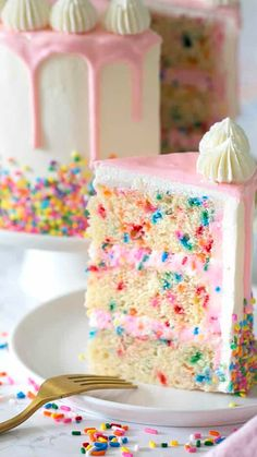 The Best Funfetti Cake - A moist vanilla cake filled with sprinkles, coated in . - The Best Funfetti Cake – A moist vanilla cake filled with sprinkles, coated in silky Italian but - Diy Birthday Cake, Homemade Birthday Cakes, Birthday Cakes For Women, Sprinkle Birthday Cakes, Birthday Cake Recipes, Homemade Birthday Decorations, Sprinkle Cakes, Birthday Ideas, Funfetti Cake Homemade