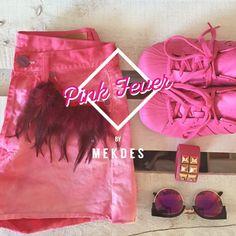 Pink Fever en Mekdes!  Shorts Vintage, Gafas de Sol y adidas Originals edición limitada! #Supercolor #Mekdes #Primavera #Pink #Shorts #Gafas  www.mekdes.es