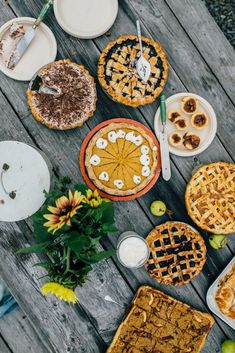 A Fall Pie Social for a Cause - Simple Bites Pie Recipes, Healthy Recipes, Food Insecurity, Best Pie, Cookie Swap, Fall Baking, Make A Donation, Holiday Cookies, Mocha