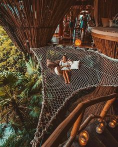 From simple tree house plans for kids to the big ones for adult that you can live in. If you're looking for tree house design ideas, read this article. Oh The Places You'll Go, Places To Travel, Travel Destinations, Hotels, Dream Rooms, Dream Vacations, Dream Vacation Spots, Vacation Trips, Adventure Travel