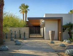 Exquisite modern desert home captivates in Palm Springs This striking modern desert home was designed by Schmidt Architecture in collaboration with The Wiseman Group, located in Palm Springs, California. Modern Landscape Design, Landscape Plans, Modern Landscaping, Contemporary Landscape, Contemporary Decor, Contemporary Architecture, Architecture Design, Contemporary Building, Desert Landscape
