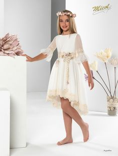 × - Dresses for Teens Little Girl Dresses, Dresses For Teens, Robes De Confirmation, The Dress, Baby Dress, Mode Outfits, Girl Outfits, Gala Dresses, Wedding Dresses
