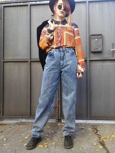 b8fea4de2e16a Vintage 80s Jeans   High Waisted Jeans   Mom Jeans   Denim Jeans   Light  Washed