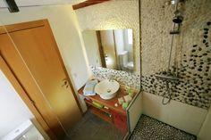 #www.creares.es #baños naturales #chus #piedra