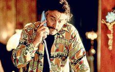 Jackie Brown (1997). Jackie Brown, Al Pacino, Marlon Brando, Quentin Tarantino, Military Jacket, Cinema, Hipster, Couple Photos, Film