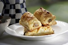 A traditional British sausage roll is the perfect snack, party or lunch box food. Making them is super easy and quick.
