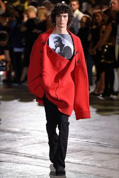 Sfilata Moda Uomo Raf Simons Firenze - Primavera Estate 2017 - Vogue