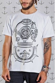Camiseta Non Dvcor Mergvlus -  http://cincocincozero.com/camisetas-nondvcor/camiseta-masculina-non-dvcor-non-10-0001-02
