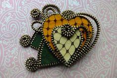 Hearts Felt Zipper Brooch (For Coat Jacket Hat )