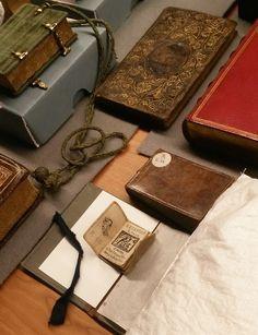 Prien in the reading room of Museum Plantijn Moretus