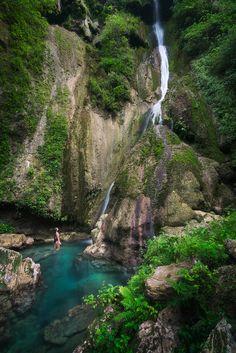 Vanuatu Mele Cascades (Efate)  @michaelOXOXO @JonXOXOXO @emmaruthXOXO  #MAGICALVANUATU
