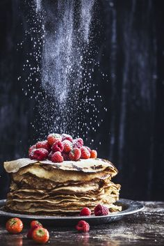 Glutenfree and dairyfree pancakes food photography, art, foodstyling, healthy li. - The sweet portfolio - Dessert Think Food, Love Food, Great Food, Perfect Food, Dark Food Photography, Breakfast Photography, Sweets Photography, Photography Jobs, Photography Classes