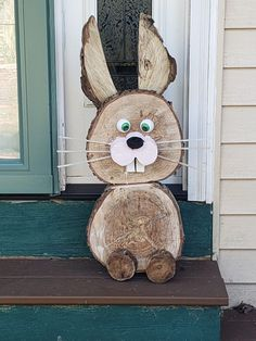 Wood Log Crafts, Wooden Christmas Crafts, Wood Slice Crafts, Holiday Crafts, Easter Projects, Easter Crafts, Easter Garden, Outdoor Crafts, Diy Easter Decorations