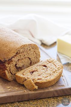 This Whole Wheat Cinnamon Swirl Bread is an easy whole wheat bread, filled with a swirl of cinnamon and sugar. My favorite is to eat a warm slice with a smear of butter! Easy Desserts, Dessert Recipes, Brunch Recipes, 100 Whole Wheat Bread, Cinnamon Swirl Bread, Muffin Bread, Bread Recipes, Ww Recipes, Baking Recipes