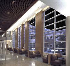 Dynamic Sun-Activated SolarSmart Glass | Self-Tinting Energy-Efficient Glazing | Innovative Glass - NY