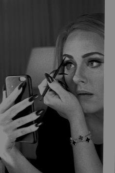 """adelembe: """" """" Adele photographed by Annie Leibovitz for VOGUE. Adele Lyrics, Adele Music, Adele Pictures, Adele Photos, Adele Love, Adele Adkins, 5 Mai, Casting Models, Burning Bridges"""