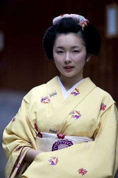 Maiko Toshimana, とし真菜