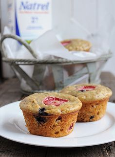 Berry Oat Muffins stuffed with Nutella