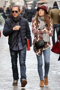 Charlotte Casiraghi nailed the boho chic look from the soft broad brimmed hat to the gorgeous knitted jacket when she and partner, Gad Elmaleh, enjoyed some time in Rome in January Casual Chic, Style Casual, Casual Looks, Boho Chic, Folk Fashion, Royal Fashion, Urban Fashion, Women's Fashion, Estilo Popular