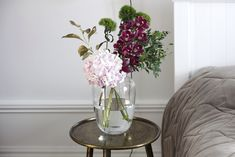 Beautiful Flowers, Glass Vase, Feminine, Make It Yourself, Home Decor, Women's, Decoration Home, Pretty Flowers, Room Decor