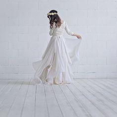 Maegan - chiffon bridal skirt / lightweight bridal skirt / bohemian bridal skirt / layered color bridal skirt / airy and light wedding skirt Two Piece Wedding Dress, Wedding Skirt, Bohemian Wedding Dresses, Fall Wedding Dresses, Pick Up, Satin, Bridal Tops, Bridal Skirts, Chiffon