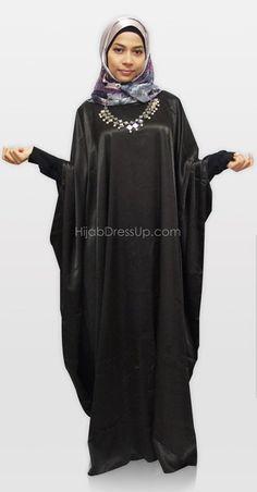 Muslim Fashion, Modest Fashion, Butterfly Abaya, Abayas, Kaftans, Black Abaya, Beautiful Muslim Women, Abaya Designs, Modest Dresses