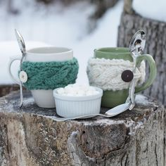 Loom Knit Mug Cozy Pattern (free!). Just in time for winter!!