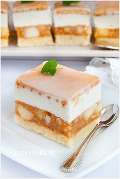 Sweet Desserts, Delicious Desserts, Yummy Food, Tasty, I Want To Eat, Other Recipes, Vanilla Cake, Catering, Cake Recipes