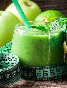 Zöld körte-alma smoothie