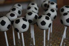 Soccer cake pops http://media-cache7.pinterest.com/upload/235524255482174061_kUKtTIPI_f.jpg aprilunruh party ideas