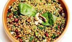 Empanadas de Quínoa - Green Vivant Sin Gluten, Quinoa, Diabetes, Vegetables, Food, Roasted Almonds, Empanadas Recipe, Pears, Vegetarian Recipes