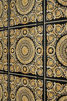 Versace re-invents oriental tiles - floral geometry and cleverly placed little crowns in cream-white, pearlescent gold, and black form a fabulous composition. Versace Wallpaper, Gold Wallpaper, Wallpaper Samples, Vinyl Wallpaper, Pattern Wallpaper, Versace Furniture, Tapete Gold, Versace Home, Wall Treatments