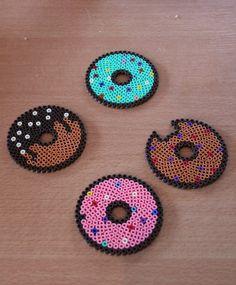 """Dessous de verre, collection """"donut"""", par 4 en perles hama"""