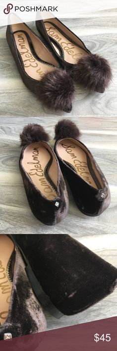 Sam edelman brown flats 6.5 new Sam edelman brown pom flats 6.5 new. Super cute flats. I have removed the tags from the bottom. The shoes has wear on the bottom from trying them on (please inspect pics). The right side of the flats has a small scrape (not very noticeable). Sam Edelman Shoes Flats & Loafers