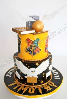 New Birthday Cake Ideas Harry Potter Awesome Ideas Harry Potter Torte, Harry Potter Birthday Cake, Harry Potter Food, Harry Potter Wedding, Harry Potter Fiesta, Anniversaire Harry Potter, Gateaux Cake, Crazy Cakes, Creative Cakes