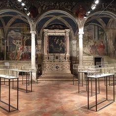 Pensieri preziosi 13. #art #contemporaryart #contemporary #jewelry #exhibition #architecture #shotoniphone #igersitalia #igersveneto #igerspadova