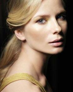 Magdalena Cielecka Pic - Image of Magdalena Cielecka - AllStarPics. Polish Music, Beautiful People, Most Beautiful, Star Wars, Celebrity Portraits, Stunning Women, Polish Girls, Pretty Woman, Actors & Actresses