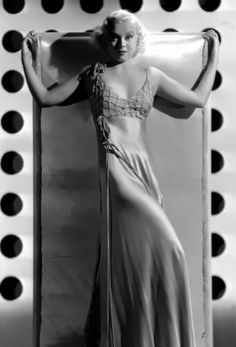 Old Hollywood Actresses, Old Hollywood Glamour, Vintage Hollywood, Classic Hollywood, Hooray For Hollywood, Formal Dresses, Wedding Dresses, American Actress, Norman