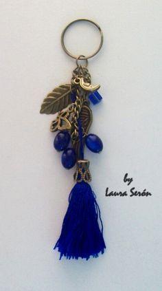 llavero azul