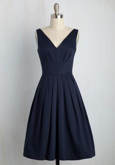 <p>The individual details of this pocketed dress by hard-to-find British brand Emily and Fin are enough to catch eyes. Its versatile navy hue, its V-paneled bodice to mimic its neckline, its pleated skirt - all stunning. But, all together, as one single look, they're absolutely transcendent!</p>