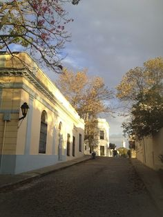 Take a day trip from Buenos Aires to the historical town of Colonia del Sacramento!