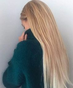 Golden Blonde Balayage for Straight Hair - Honey Blonde Hair Inspiration - The Trending Hairstyle Brown Blonde Hair, Blonde Straight Hair, Long Hair Styles Straight, Long Blond Hair, Blonde Honey, Girls With Long Hair, Long Straight Hairstyles, Light Blonde Hair, Long Haircuts
