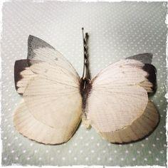 Soft - Molletta per Capelli con Farfalle in Seta e Organza di Seta Avorio - 1 pezzo by TheButterfliesShop on Etsy
