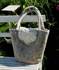 Felted Handbag OAK by Feingefilzt on Etsy, €85.00