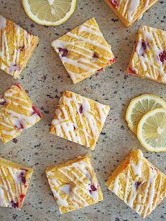 レモンアイシングするだけで、フォトジェニック&プレゼントしたくなるブラウニーに変身!|『ELLE gourmet(エル・グルメ)』はおしゃれで簡単なレシピが満載!