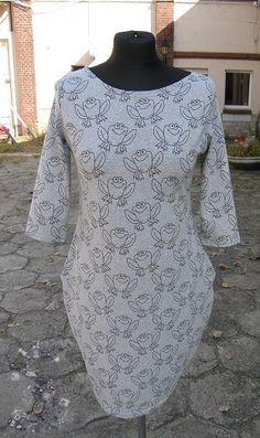 Sukienka w żaby rozm. 34 Blond, Dresses With Sleeves, Long Sleeve, Fashion, Moda, Sleeve Dresses, Long Dress Patterns, Fashion Styles, Gowns With Sleeves