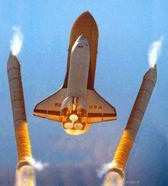 Transborador espacial de la Nasa http://muyinteresantespain.blogspot.com.es/2014/02/curiosidades-del-programa-espacial.html#.UxaS7PQT9N8