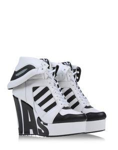 Bizarros-Adidas x Jeremy Scott